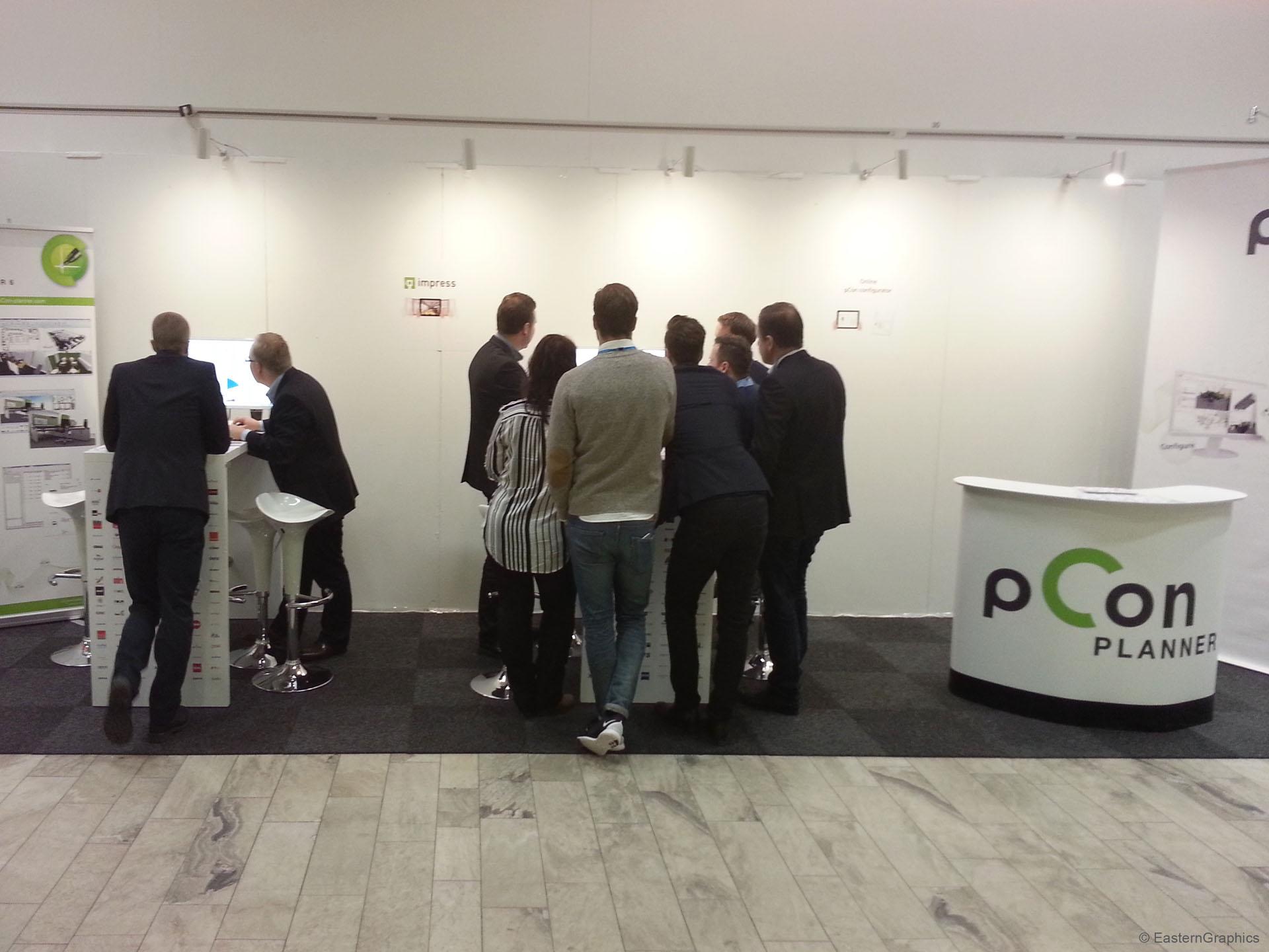 pCon-Stand auf der Furniture & Light Fair 2015 - Die Lösungen für Konfiguration und Raumplanung kamen gut an.