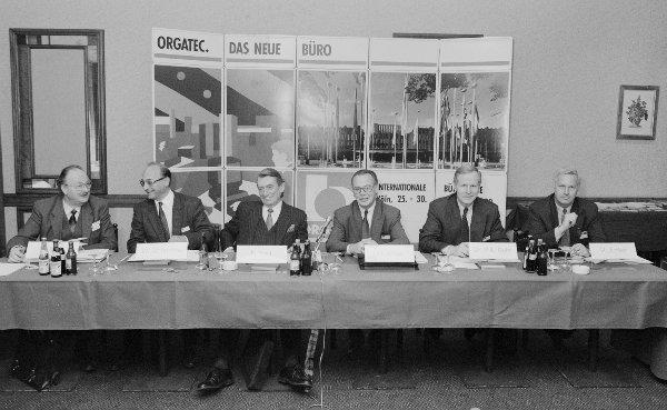 Gründung von ORGATEC