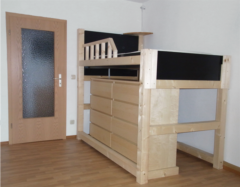 The finished bunk bed with banister.