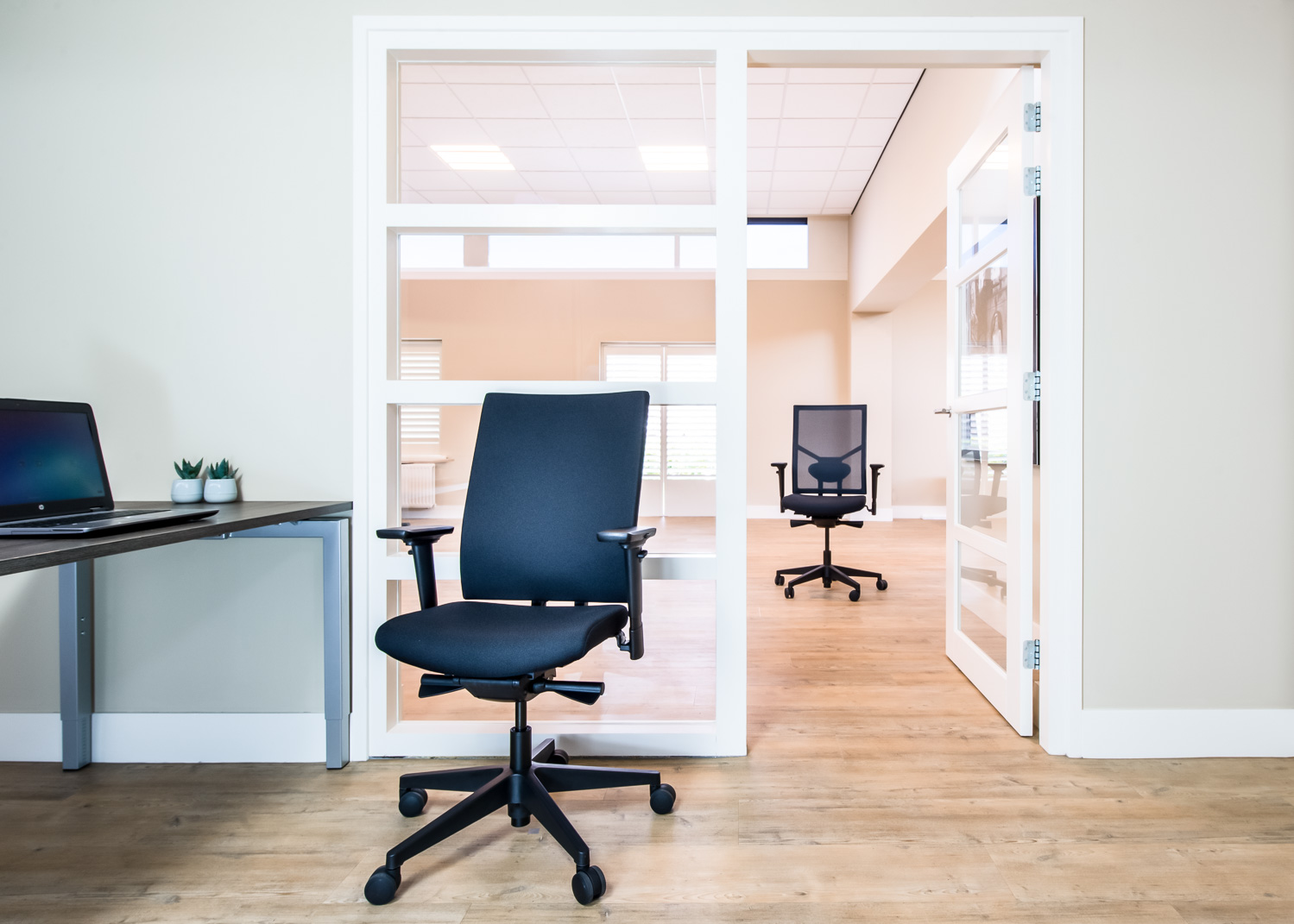 Chairsupply in pCon.catalog - Chairs for every task