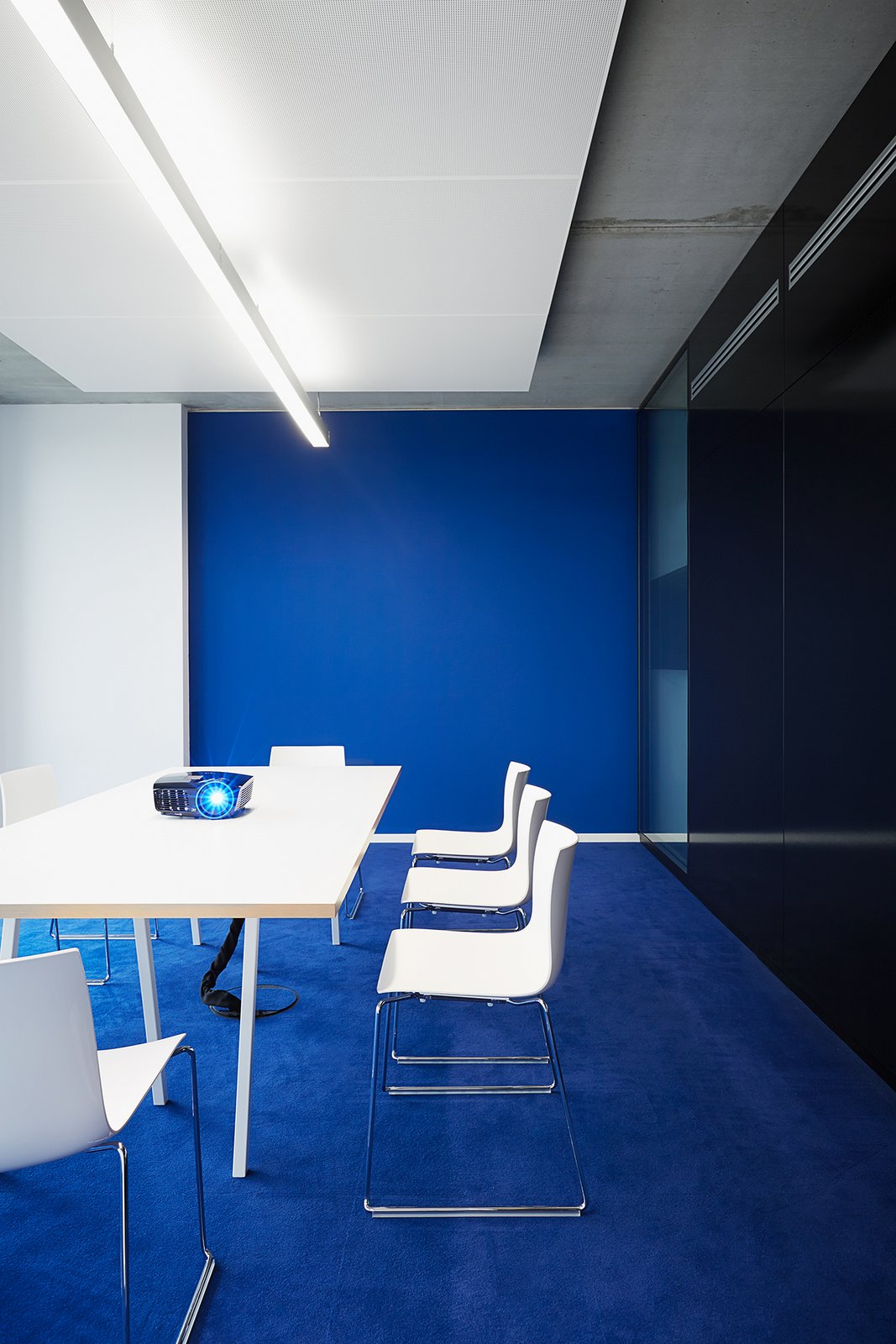 Tinge up your office space – but which color would suit best?  room planning Colors