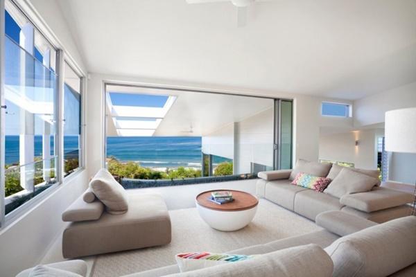 beach-house-with-bold-exterior-minimalist-interiors