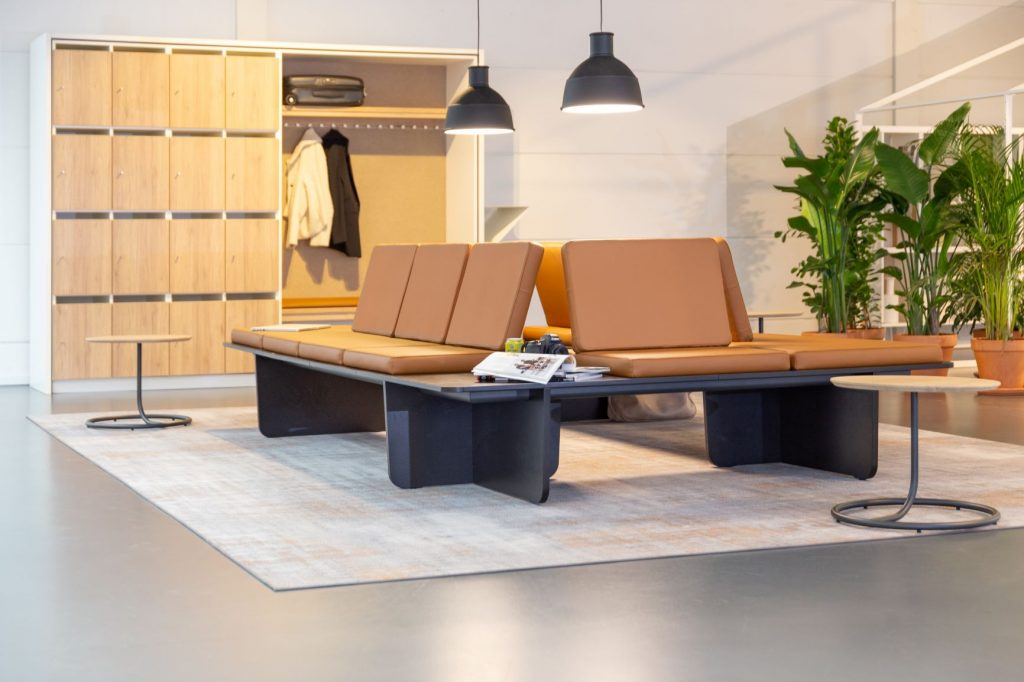 Imagine: Lande Productie Schijndel BV mobilier sali de conferinta